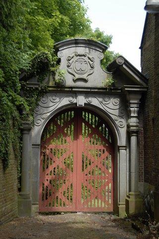 château de merode porte latérale © hubert desgain