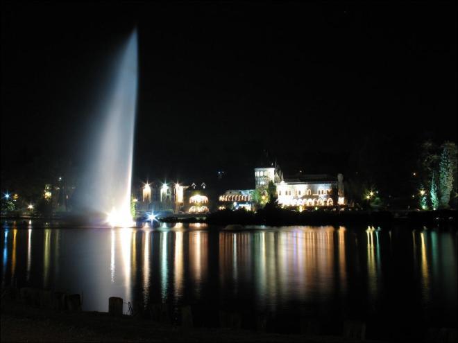 château du lac © cosimo l'abbate
