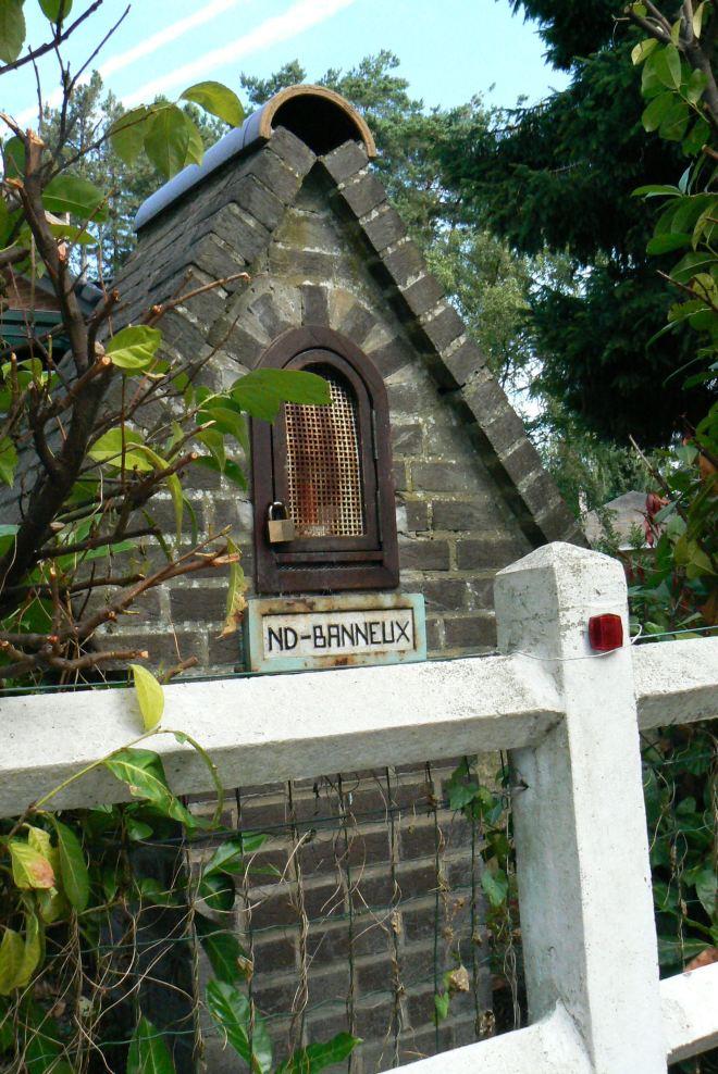 chapelle notre-dame de banneux © monique d'haeyere