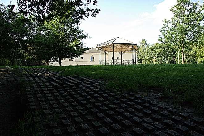 Kiosque Château du Héron 7.2008 © Eric de Séjournet