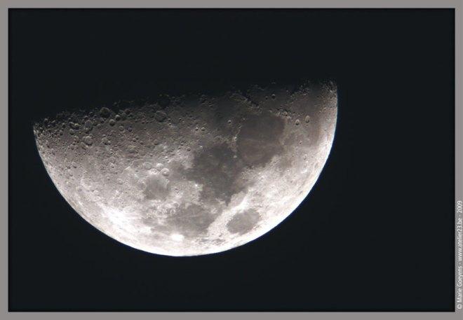la lune du jeudi 2 avril 2009 © marie goeyens