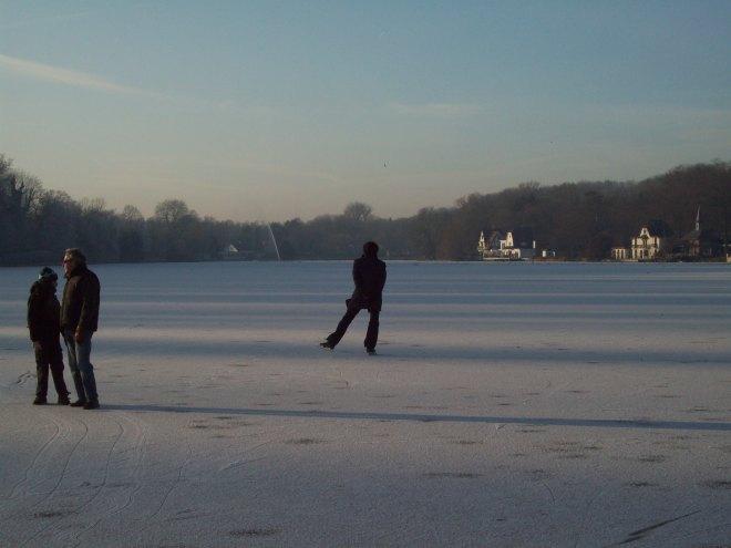 patineur sur le lac de genval © lucinda afreixo