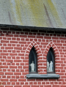 5 Chapelle Notre-Dame de Lourdes rue de la Bruyère à Genval © Berna de Wilde (9).JPG