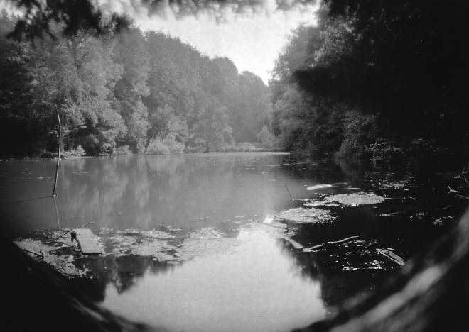 Etang Gillet camera obscura 8.2014 © Cedric Muscat