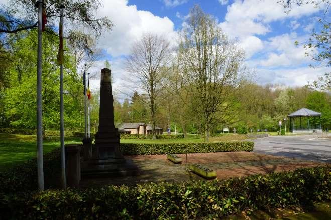 Monument aux Morts Maison communale 5.2012 © Eric de Séjournet